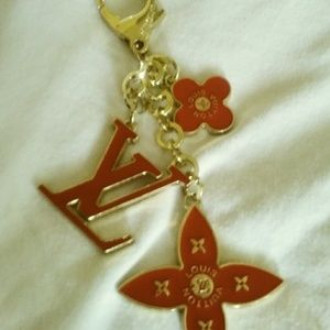 🔥🔥Louis Vuitton keychain 🔥RED